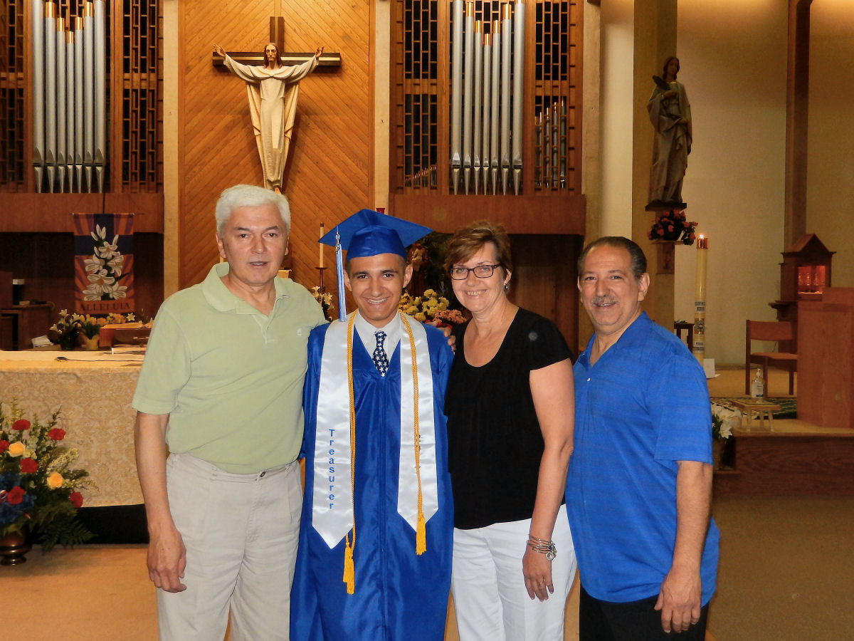 Jew Detector: PHOTOS: Lincoln High Graduate Receives Tommy Novosel